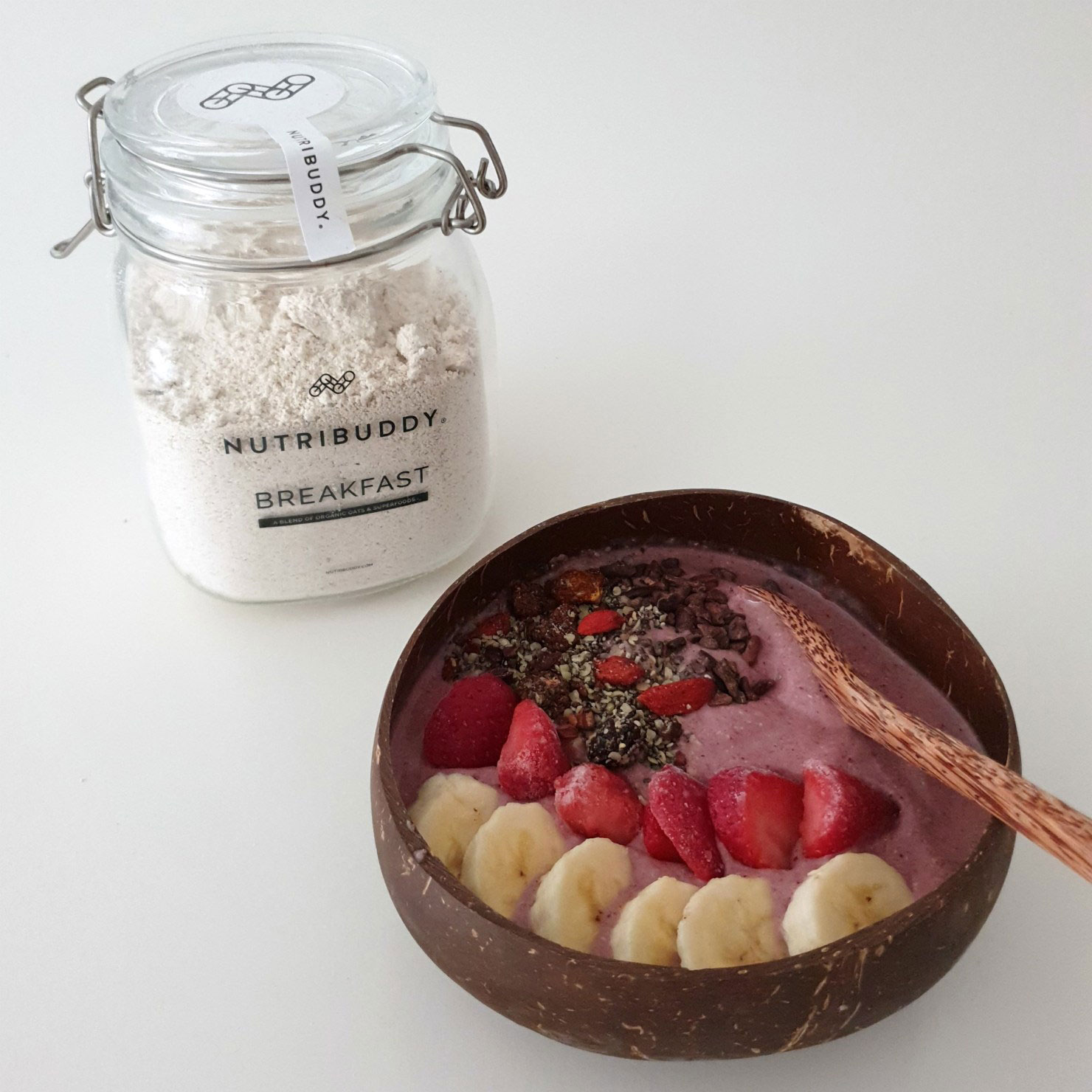 nutribuddy breakfast smoothie bowl by morethangreens